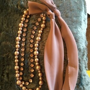 Loft 34 in pearl, stone and ribbon necklace.